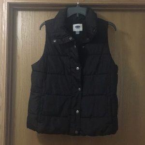 Old Navy Black Puffer Vest